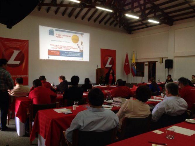 Conferencia a congresistas del Partido Liberal en Retiro en Villa de Leyva, Colombia
