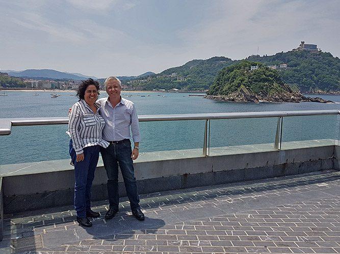 Con el Sr. Narciso Romero, Alcalde de San Sebastián - España